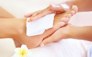 how-to-take-care-of-feet-during-monsoons-and-winters-3